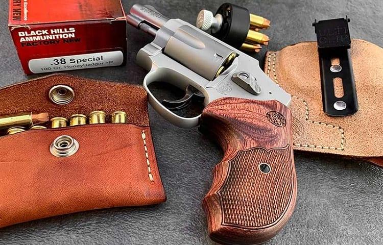 pocket sized guns