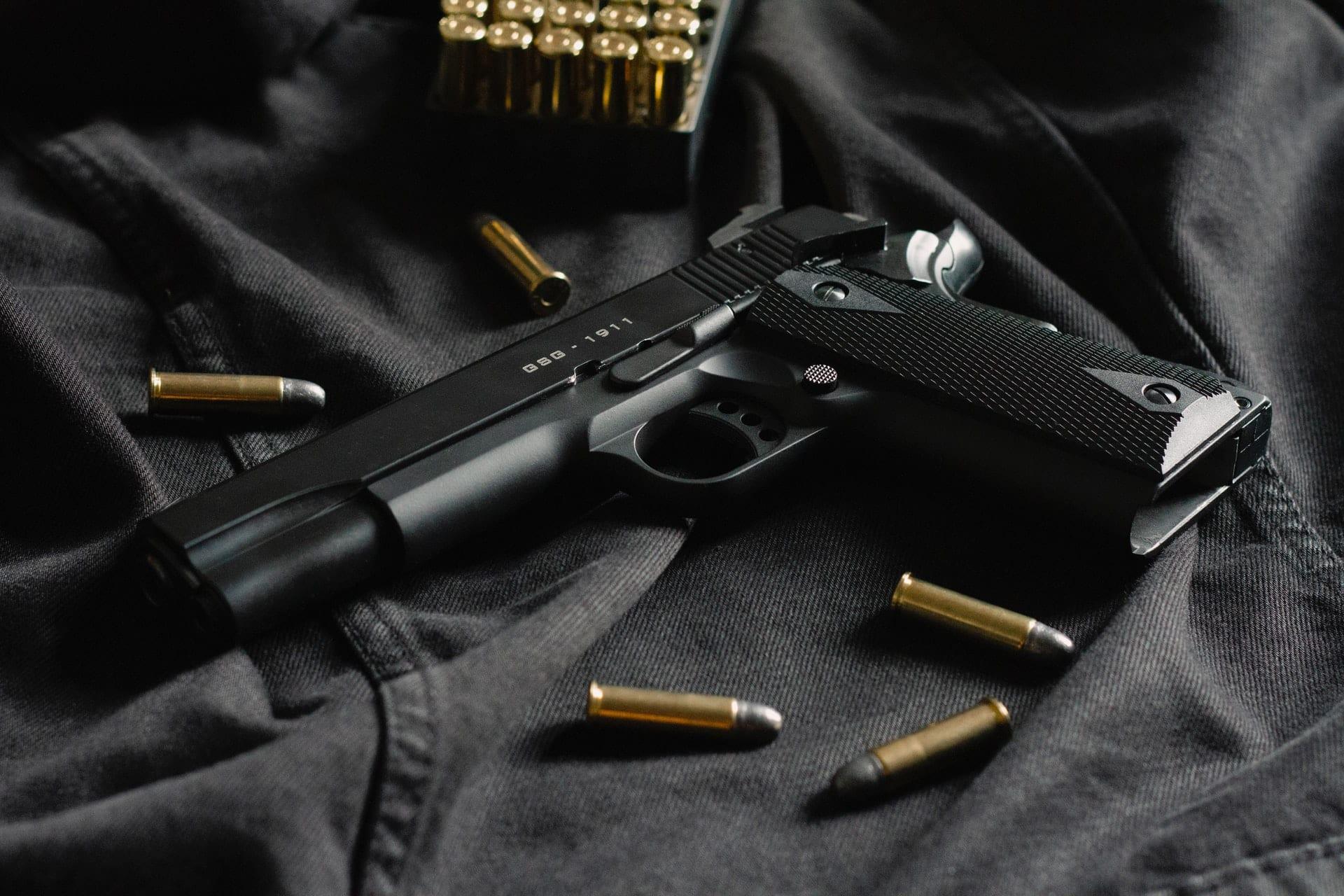 can you put a folding brace on a pistol
