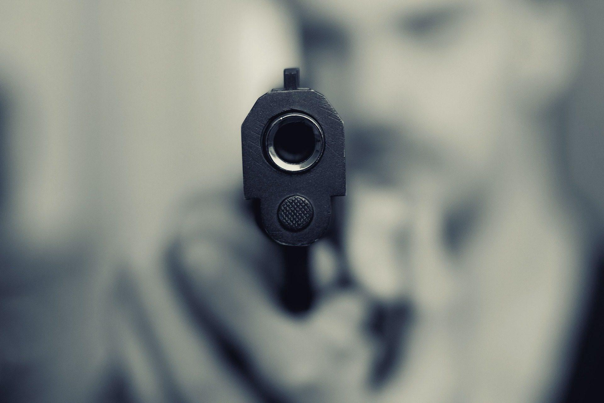 can a handgun backfire
